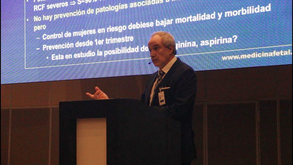 Doctor Mauro Parra Cordero: «La preeclampsia es en muchos países la principal causa de muerte entre madres y neonatos»